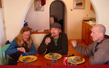 Sara Softich, Jason Wussow and Dan Dresser, musicians and rustic gourmands, share a meal of mahi-mahi, broccoli and new potatoes in Taos, N.M.